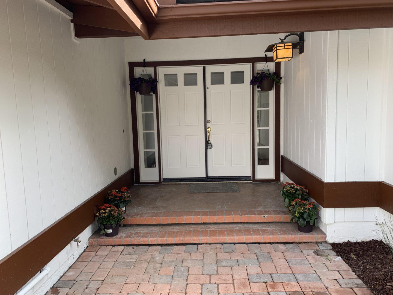 Front-Door-With-Plants